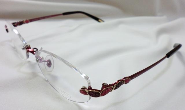 http://www.washin-optical.co.jp/blog/ladies/%E3%83%8B%E3%83%8A%E3%83%AA%E3%83%83%E3%83%81RE%E6%96%9C%E3%82%81.JPG