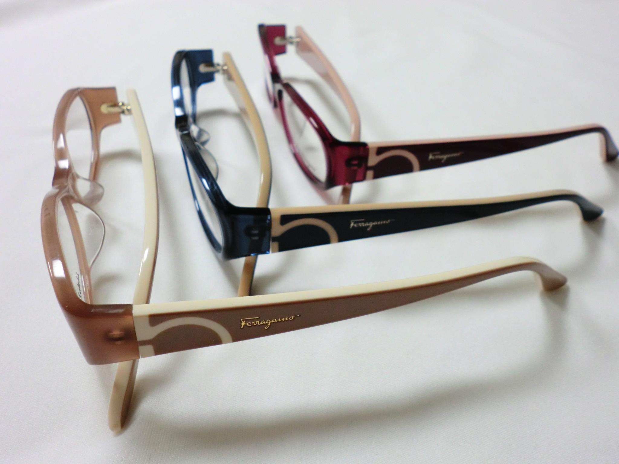 http://www.washin-optical.co.jp/blog/ladies/%E3%83%95%E3%82%A7%E3%83%A9%E3%82%AC%E3%83%A2%EF%BC%91.JPG